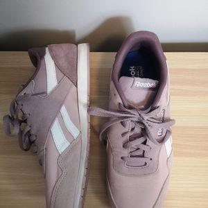 Reebok classic light purple sneakers
